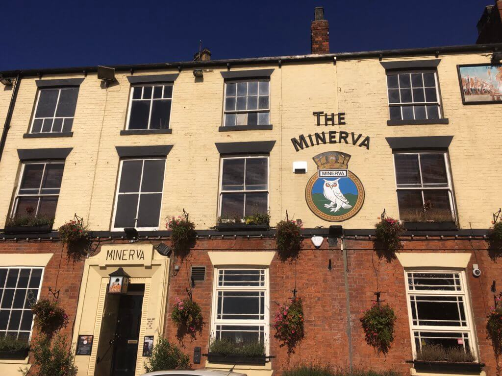 Facade of the Minerva pub, Hull